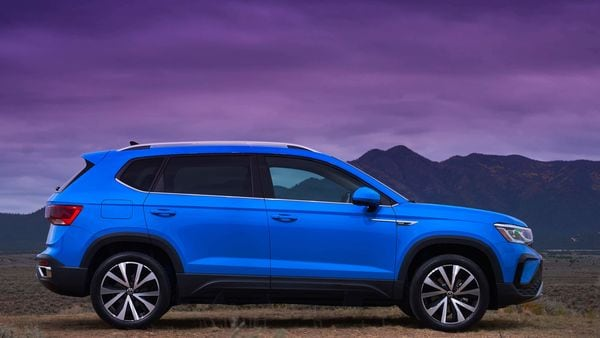 The SUV is 4,533 mm long from nose to tail, has a wheelbase of 2,689 mm, is 1,841 mm wide and stands 1,635 tall.