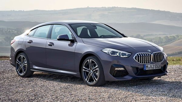 The new 2 Series Gran Coupe sports a large-sized kidney grille up-front which is flanked by sweptback LED headlamps, dual-tone alloy wheels, LED tail lights and dual exhaust tips.
