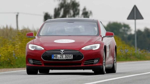 Tesla Model S drives during an electric car rally. (File photo) (REUTERS)