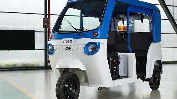 Mahindra Treo electric auto