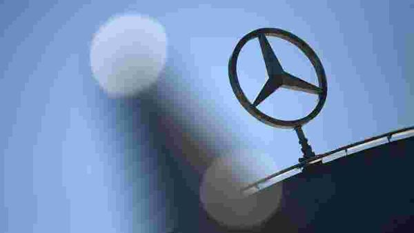 File photo: Daimler AG expects to report a near 70% plunge in a key first-quarter earnings figure. (REUTERS)
