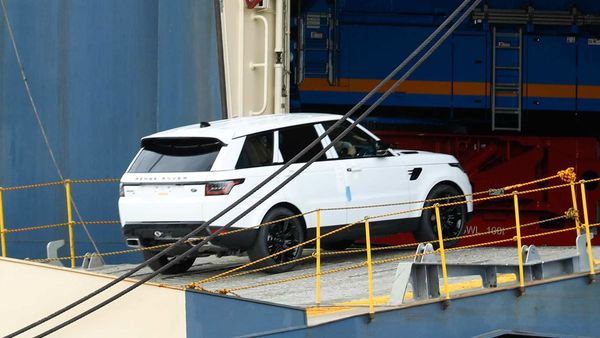A Jaguar Land Rover SUV boards a vehicles carrier vessel at the Port of Southampton. (Bloomberg)