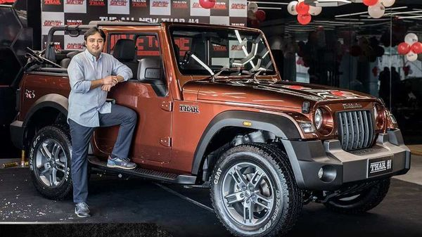 Aakash Minda poses with the first unit of all-new 2020 Thar. (Image courtesy: Mahindra Thar twitter handle)