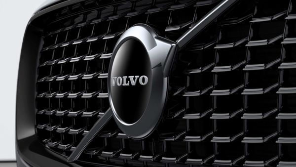 Volvo Group has announced plans to sell electric versions of its heavy-duty trucks starting in Europe from 2021.