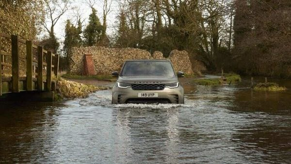 The new Discovery from Land Rover claims to stay true to its inherent genes of being at home in different conditions while now also offering a far more enhanced drive and ride experience.