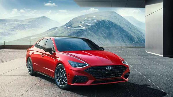 Hyundai unveiled 2021 Sonata N Line for the first time in its midsize sedan lineup.