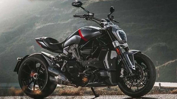 2021 Ducati XDiavel is featured in two variants - Dark and Black Star.