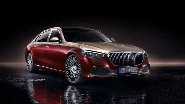 Mercedes Maybach S-Class 2021 has an increased wheelbase for even more leg space for 'VIPs' at the rear.