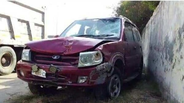 The damaged state of an SUV that crashed into a pedestrian and two cyclists. (HT photo)