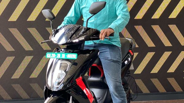 Ather Energy begins deliveries of Ather 450X e-scooters in Bengaluru and Chennai.