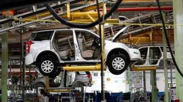 A Mahindra XUV500 is pictured at the assembly line inside the company's manufacturing plant in Chakan, India. (File photo) (REUTERS)