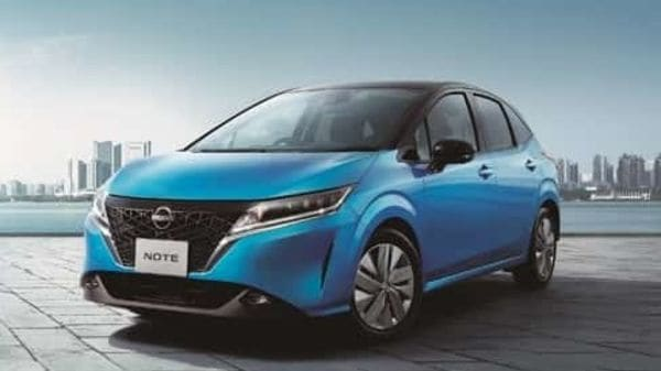 Nissan has launched a revamped version of its best-selling Note compact car in Japan in a bid to win over the market from Toyota and Honda. This is the first full model change of the vehicle in eight years.