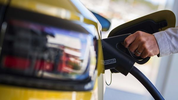 Centre plans one EV charging station for every 69,000 petrol pumps, said Nitin Gadkari. (File photo) (Bloomberg)