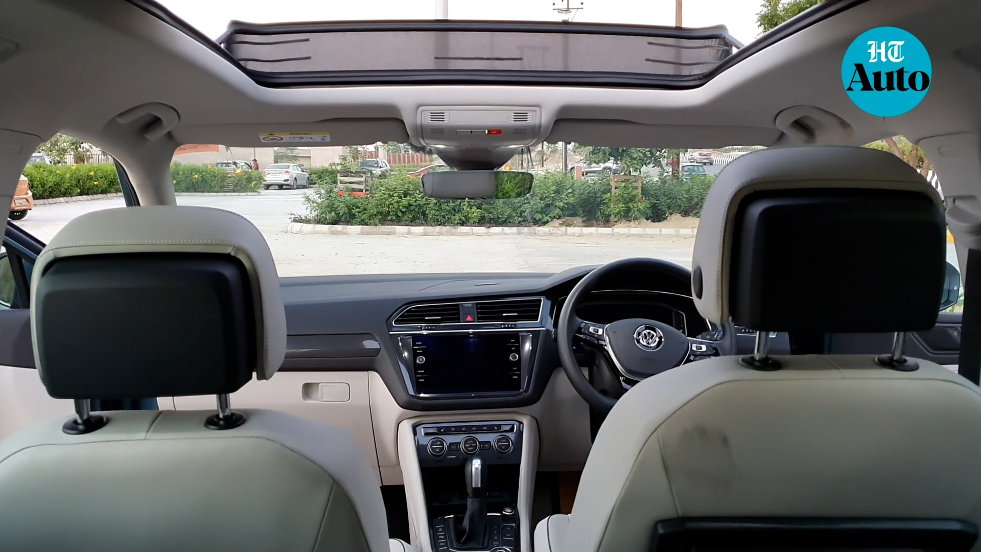 A panoramic sunroof almost completely replaces the ceiling, giving a SUV just that extra touch of class.