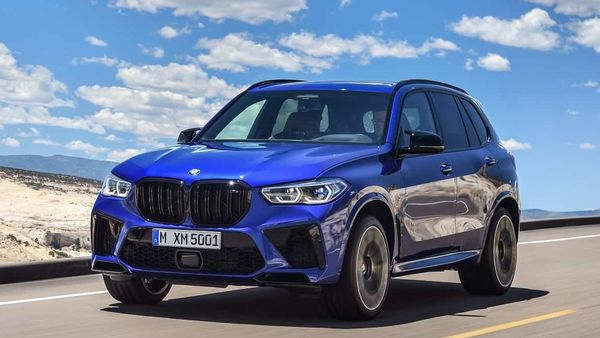 The X5 M Competition is powered by the latest-generation V8 engine. It gets the M TwinPower Turbo technology with racetrack-proven cooling system to further its performance capabilities and with 600 hp of max power and a jaw-clenching torque of 750 Nm, the SAV can go from 0 to 100kmph in 3.8 seconds, but has an electronically-limited top-speed of 250 kmph.