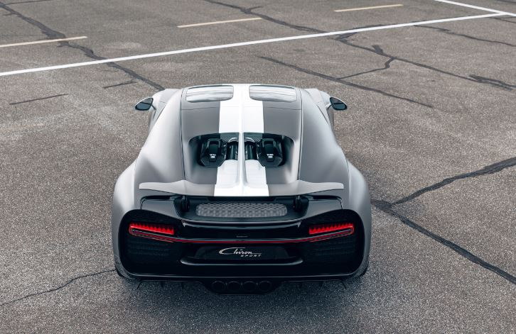 The car has a capacity of 8.0 litres and its W16 engine delivers 1,500 PS and 1,600 Nm of torque. Its maximum speed is electronically limited at 420 km/h.