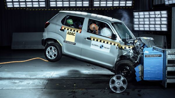 Image of an S-Presso during a crash test conducted by Global NCAP.