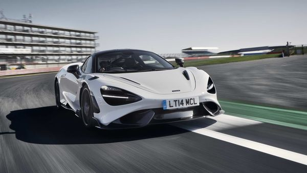 Photo of the 2021 McLaren 765LT with 755-horsepower.