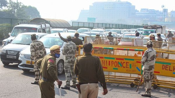 Heavy traffic jam at Gurugram-Delhi border as police stop vehicles for checking in view of the farmers' agitation over new farm laws. (PTI)