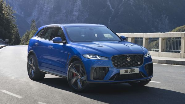 Jaguar Land Rover has announced its performance SUV F-Pace SVR has received a facelift that will make it faster and more dynamic than the previous model, most significant change being revised torque curve at 700 Nm, making it three times faster in short sprints.