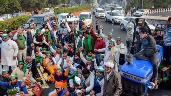 File photo: Farmers stage a protest at Delhi-Noida border against new farm laws (PTI)