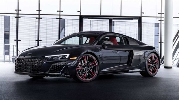 Audi has introduced R8 RWD model with special 2021 R8 Panther edition.