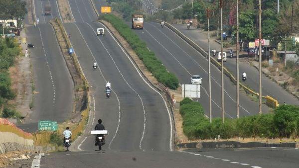 Mumbai-Nagpur Samruddhi Expressway from Nagpur to Shirdi will be thrown open to public on May 1, next year. (File photo) (PTI)