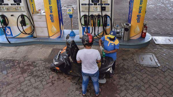 File photo of a petrol pump in Kolkata during Covid-19 lockdown days. (PTI)