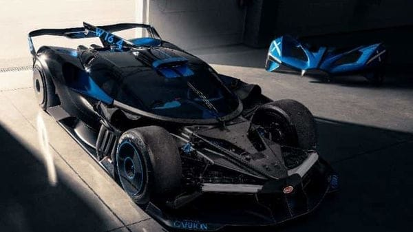 Bugatti says that in simulation trials, the Bolide reached top speeds of over 500 kmph. Interestingly, it reportedly takes 3:07.1 minutes to complete a lap at Le Mans.