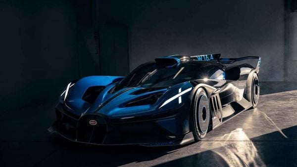 Bugatti has released full fresh images of its extreme hyper sports car - Bolide. The sports car is currently only on simulation runs and serves as an experimental design study.