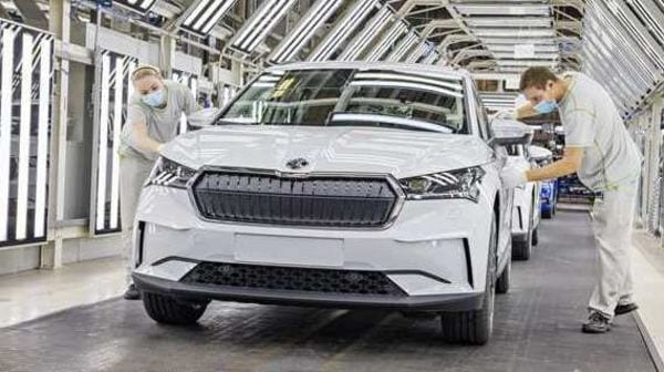 The 2021 Enyaq iV electric SUV will feature multiple engine configurations and variants with different ranges.