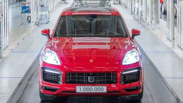 The celebratory Porsche Cayenne came finished in a shade of Carmine Red.