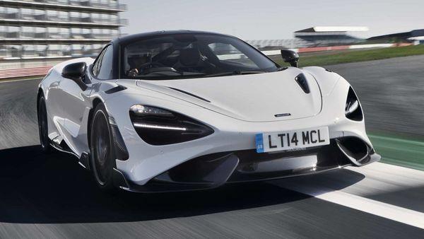 Photo of the 2021 McLaren 765LT with 755-horsepower.