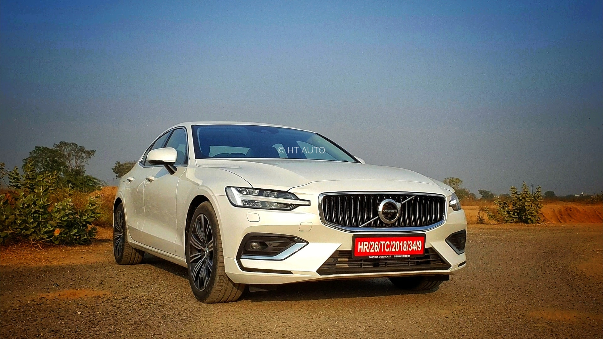 A more prominent, slightly sporty face gives the new S60 a more attractive profile. (HT Auto/Sabysachi Dasgupta)