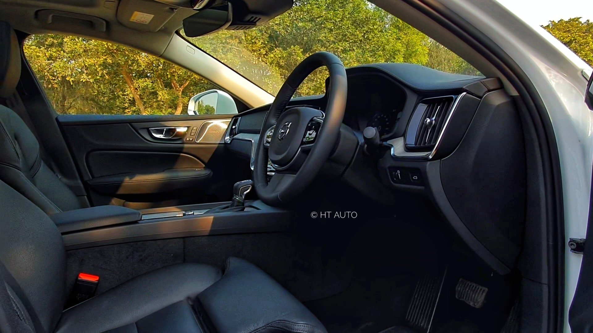 The steering wheel can be adjusted for reach and rake and while the front seats are comfortable, lack massage functionality. (HT Auto/Sabyasachi Dasgupta)