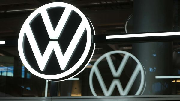 Volkswagen backs the reforms of the CEO, retains Lamborghini and Ducati, and disarms labour conflict. (Bloomberg)