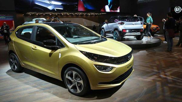 Tata Altroz Turbo-Petrol will lock horns with the Hyundai i20 Turbo. (REUTERS)