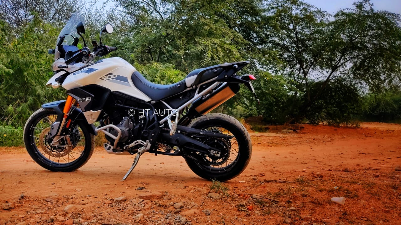 Tiger 900 Rally Pro comes kitted with Showa 45mm upside-down front forks sporting 240 mm travel. (HT Auto/Prashant Singh)