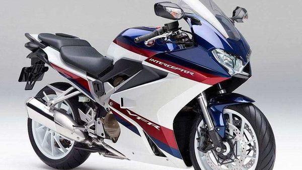 Honda VFR has been using a V4 powertrain in the current guise since 2013.