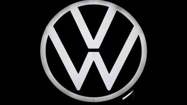 File image: Logo of German carmaker Volkswagen (REUTERS)