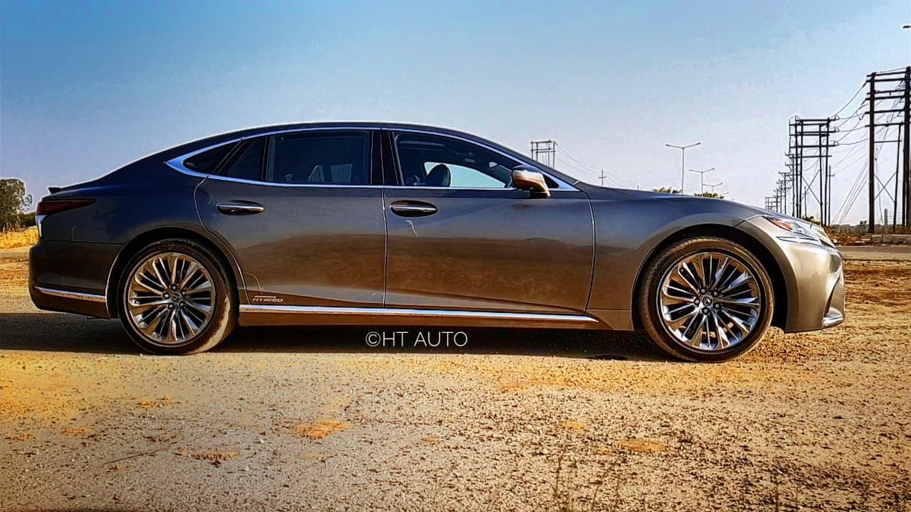 The Lexus premium sedan sits on 20-inch alloys and measures 5235 mm in length x 1900 mm in width x 1450 mm in height.
