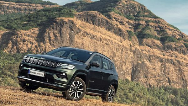 Jeep Compass 2021 is looking to make a solid mark in the Indian car market after having lost some ground to newer rivals.