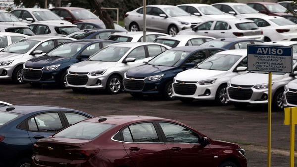 Representational file photo: Cars are pictured at the General Motors Co plant, that will give time off to its employees during the coronavirus disease (Covid-19) outbreak. (REUTERS)