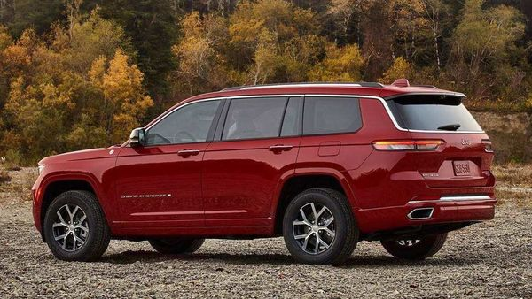 New Jeep Grand Cherokee L will go on sale in the international markets soon.