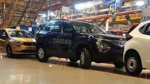 The new Tata Safari will be launched in the Indian market soon. Image Source: Gaadify