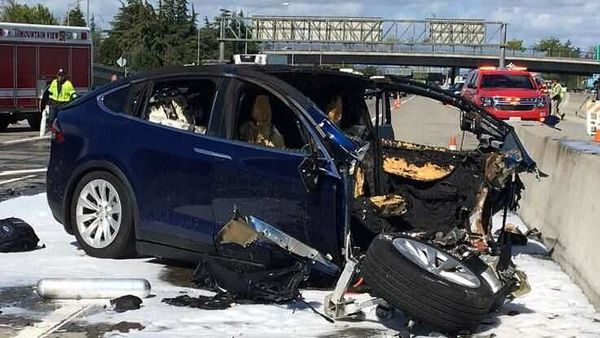 Representational photo of a Tesla electric SUV crashed into a barrier on US Highway 101 in Mountain View, California. (REUTERS)