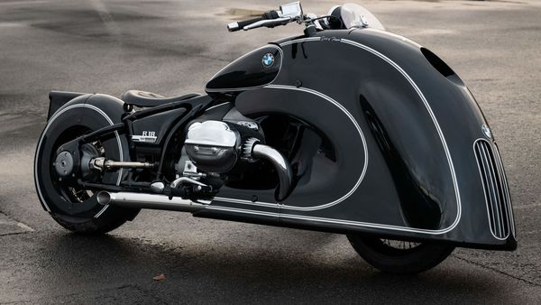 BMW Motorrad has revealed a custom R 18 known as Spirit of Passion, in collaboration with Kingston Custom, run by Dirk Oehlerking. The bike features Kingston's signature handmade fairings.
