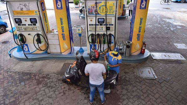 Petrol price on Tuesday breached the ₹85 a litre mark in the national capital and diesel neared record high after rates were raised for the second consecutive day. (File photo) (PTI)