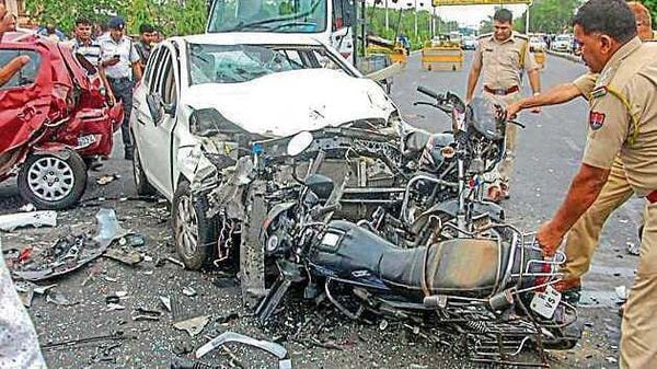 Nitin Gadkari hopes reduction in road accidents, deaths by 50 per cent before 2025. (File photo) (HT_PRINT)