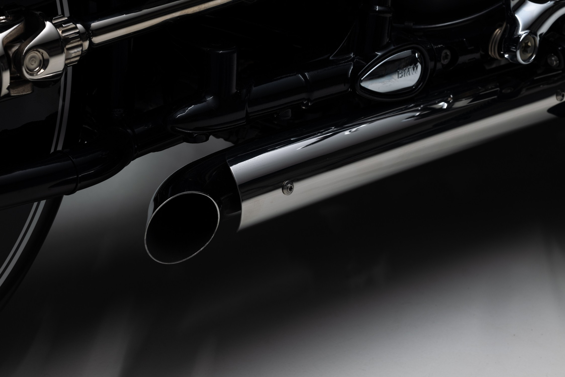 The exhaust has been modified in Kingston Roadster style, while the seating is also custom made using a range of universal accessories.